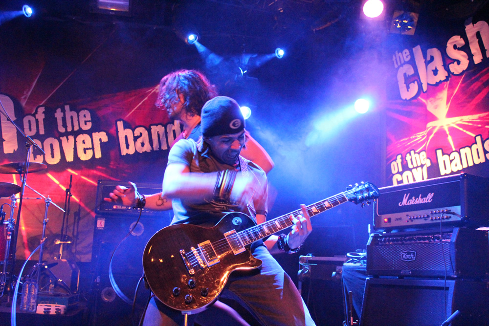 Slash N' Roses in MEZZ Breda
