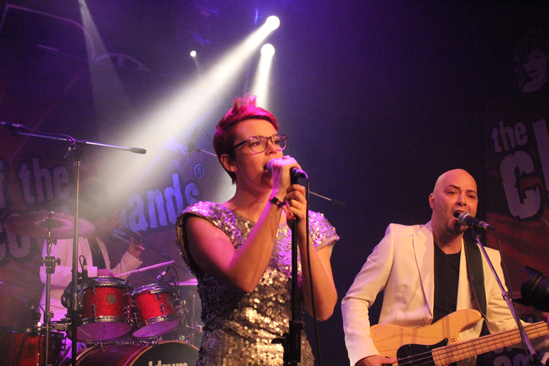 EarCandy in MC The Box Katwijk