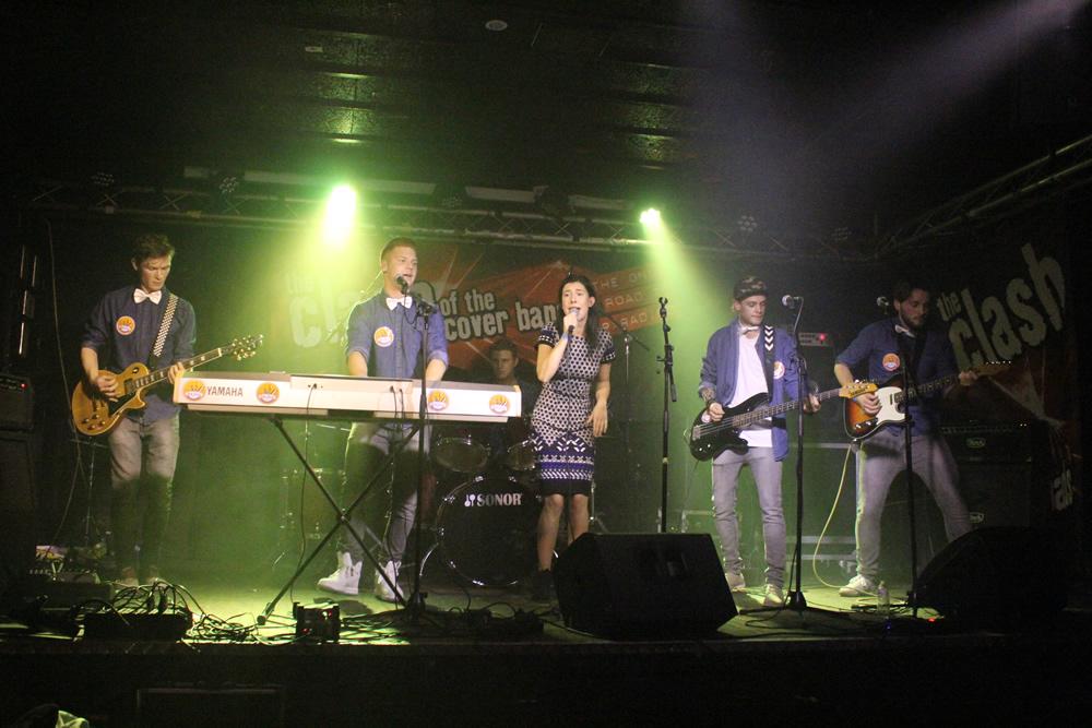 Blue Band in Altstadt Eindhoven